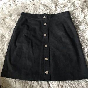 🖤 H&M black suede skirt 🖤